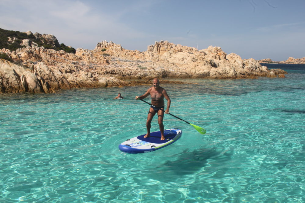 sup e divertimento in barca a vela