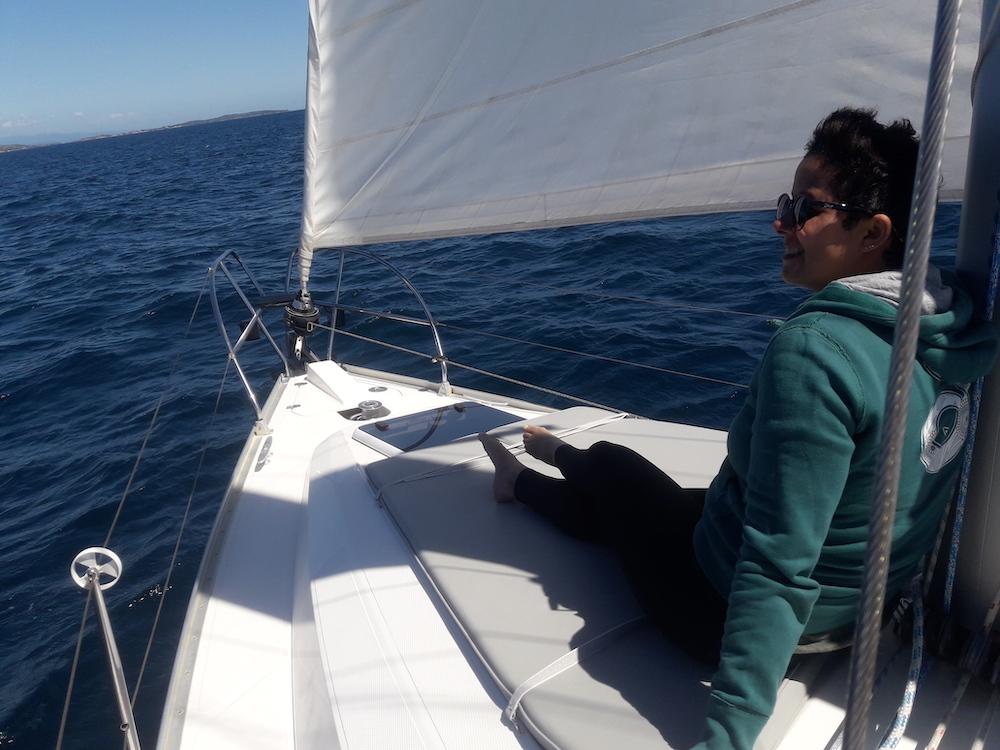 Ab dem Hafen von Santa Teresa starten hauptsächlich Exkursionen mit Motorbooten
